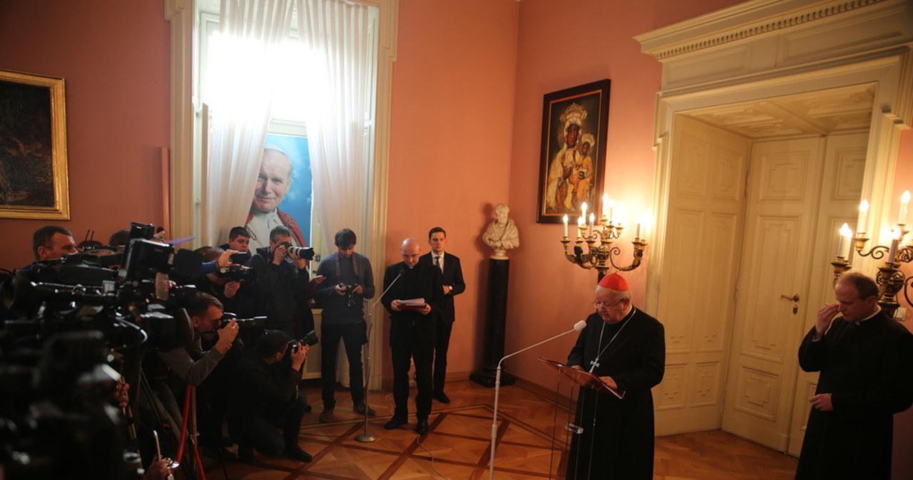 Kardynał Stanisław Dziwisz odchodzi na emeryturę