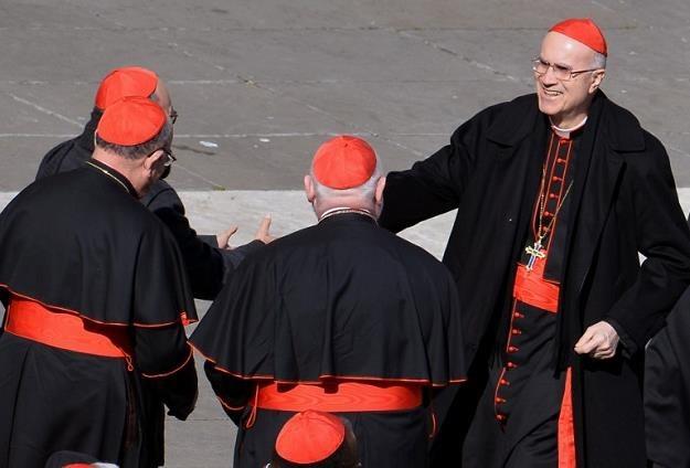 Kardynał Tarcisio Bertone /AFP