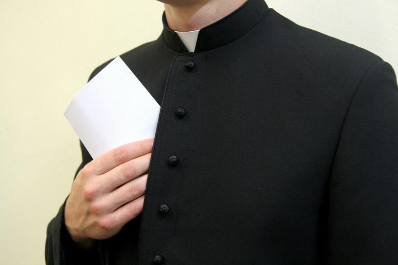"""""""Kardynałów"""" zatrzymali policjanci przebrani za księży /Damian Klamka /East News"""
