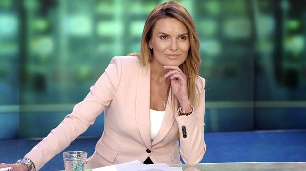 """Karierę dziennikarską Hanna Lis zaczynała w TVP 1, gdzie od 1993 roku prowadziła """"Teleexpress"""". Później była kolejno gospodynią """"Dziennika"""" w TV4, """"Wydarzeń"""" w Polsacie i """"Wiadomości"""" w TVP 1. Dziś jest twarzą dwójkowej """"Panoramy"""". /fot  /AKPA"""