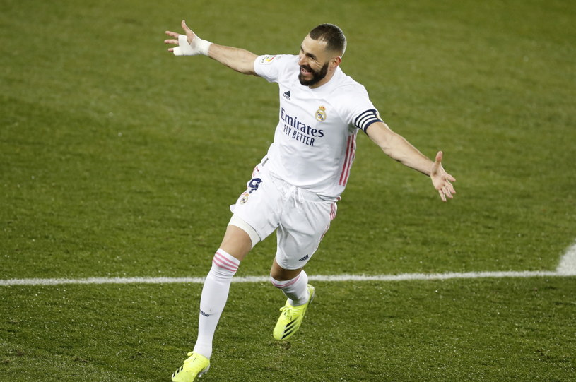 Karim Benzema zdobył dwie bramki w meczu z Deportivo Alaves /Juriaan Tierie /PAP/EPA