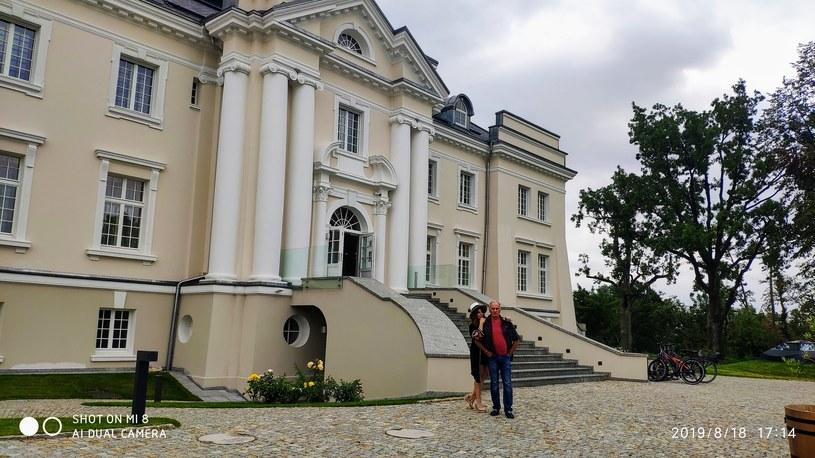 """Karol i Małgorzata Strasburgerowie wyjechali w """"podróż poślubną"""" /materiał zewnętrzny"""
