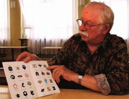 Karol Śliwka jest twórcą wielu znanych znaków graficznych firm i instytucji /Gazeta Codzienna