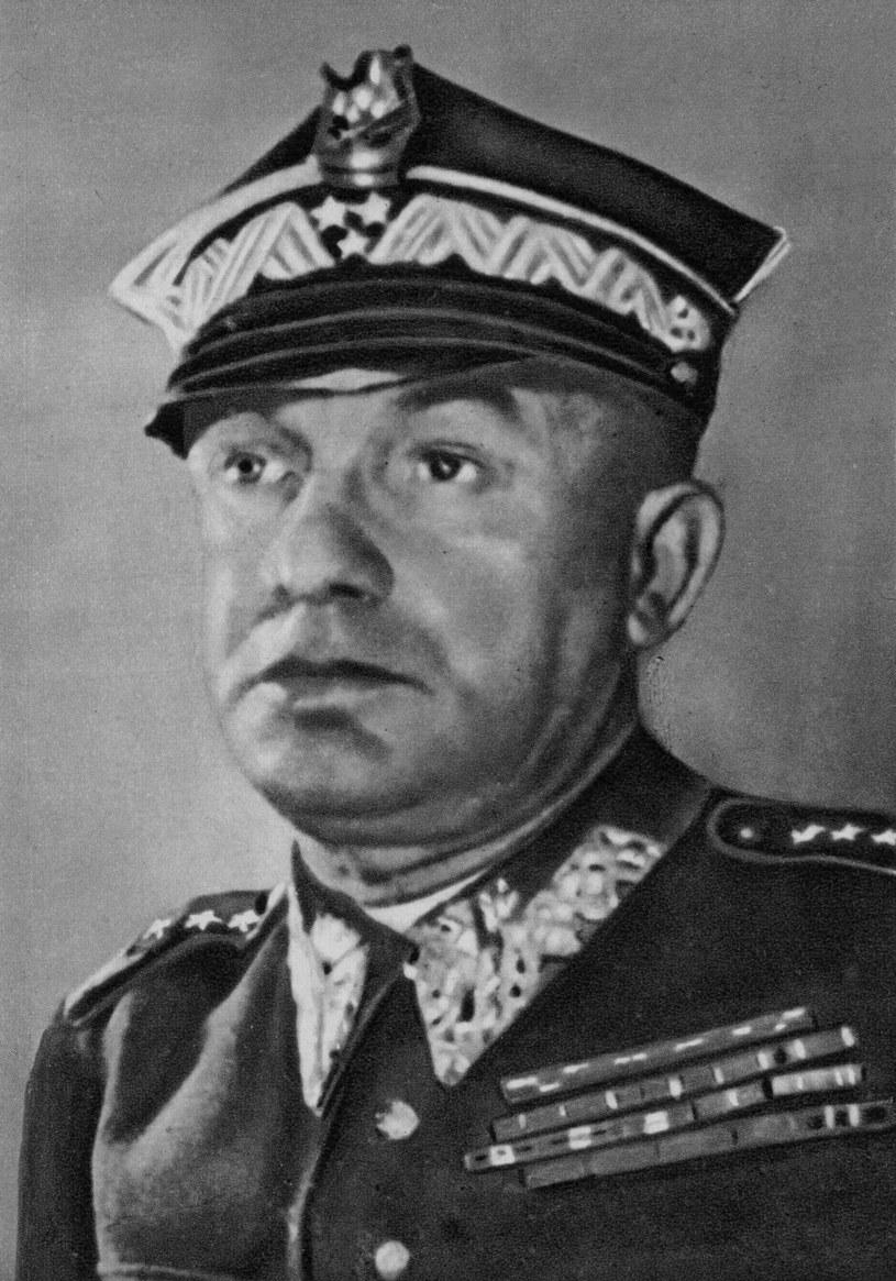 Karol Świerczewski - generał i działacz komunistyczny /Fot. Piotr Mecik /Agencja FORUM