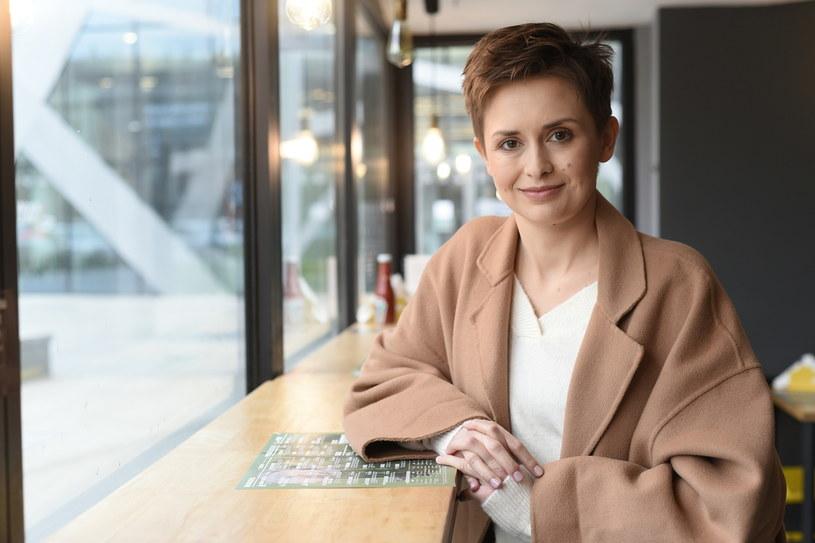 """Karolina Głowacka – dziennikarka radiowa i prasowa, autorka książek. Prowadząca nowy program """"Cała prawda"""" w TVN Style /INTERIA.PL/materiały prasowe"""
