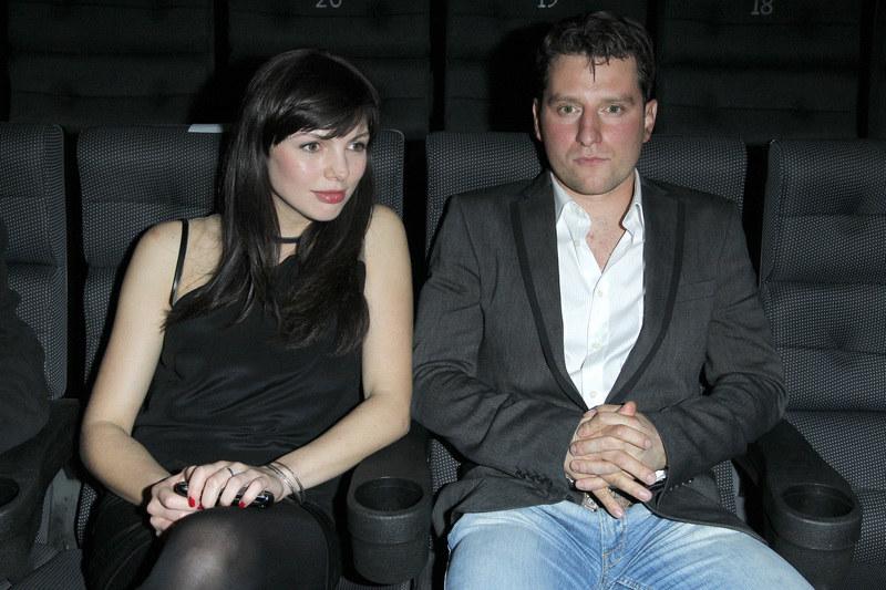 """Karolina Gorczyca i Wojciech Zieliński poznali się i zakochali w sobie w 2009 r. na planie """"Huśtawki"""". Nie są małżeństwem. /Engelbrecht /AKPA"""