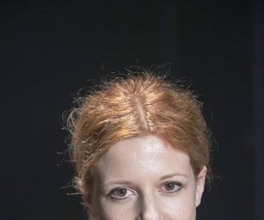 """Karolina Gruszka w sztuce """"Nieznośnie długie objęcia"""""""