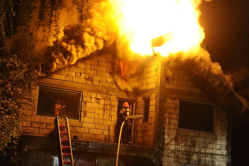 Karolina straciła dom w pożarze (zdj. ilustracyjne) /123RF/PICSEL