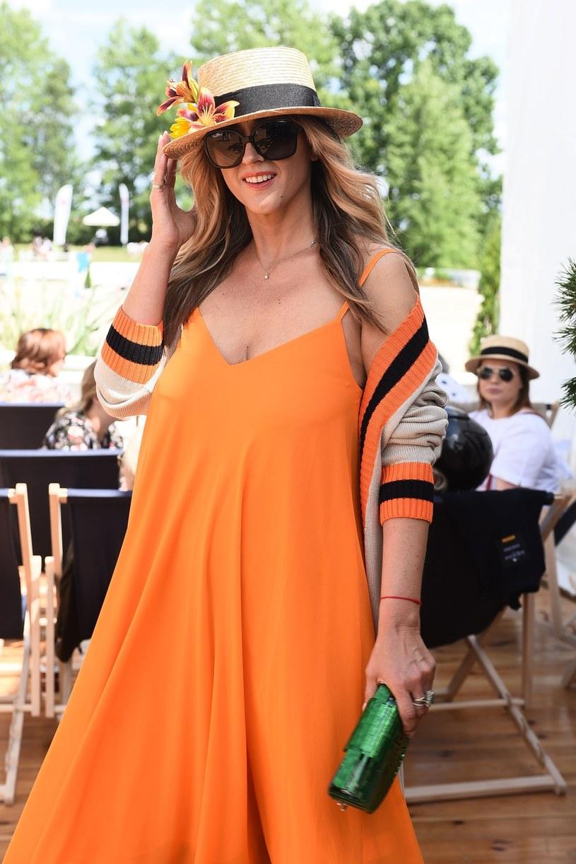 Karolina Szostak była w świetnym nastroju /VIPHOTO /East News