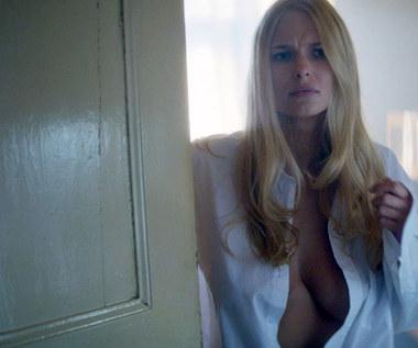 Karolina Szymczak: Blondynka z odpowiednim biustem