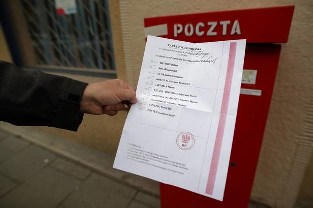 Karta do głosowania w wyborach prezydenta, które miały odbyć się 10 maja //Łukasz Gągulski /PAP