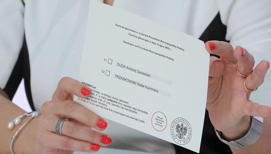 Karta do głosowania /Paweł Supernak /PAP