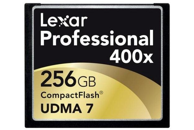 Karta pamięci CF Lexar o pojemności 256 GB /materiały prasowe