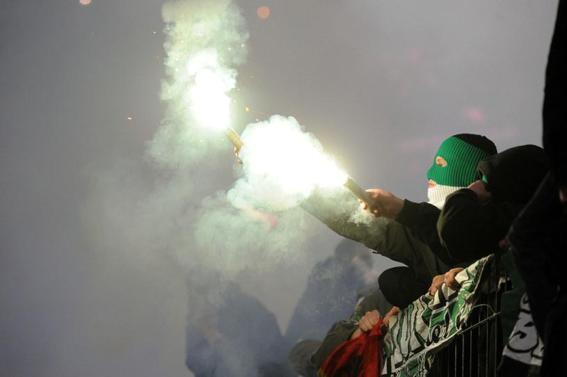 Kary nakładane na kluby w Bundeslidze są bardzo wysokie /AFP