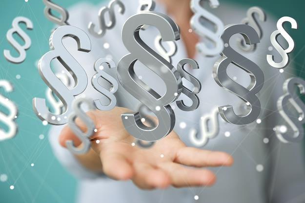 Kary za przestępstwa lub przestępstwa skarbowe to nawet 30 mln zł /©123RF/PICSEL