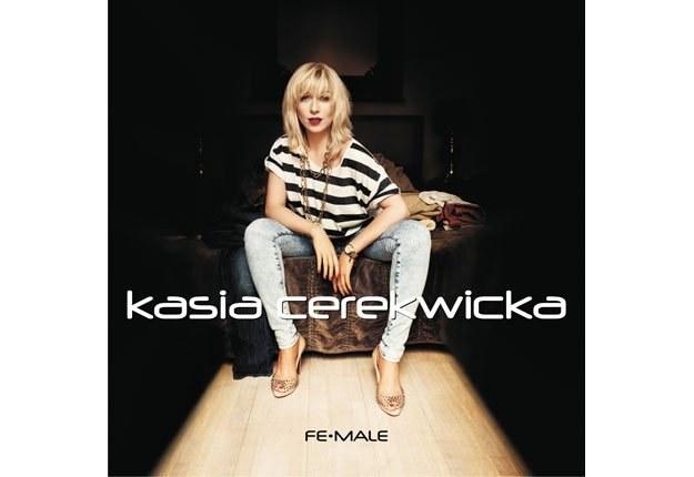 """Kasia Cerekwicka na okładce albumu """"Fe-Male"""" /"""