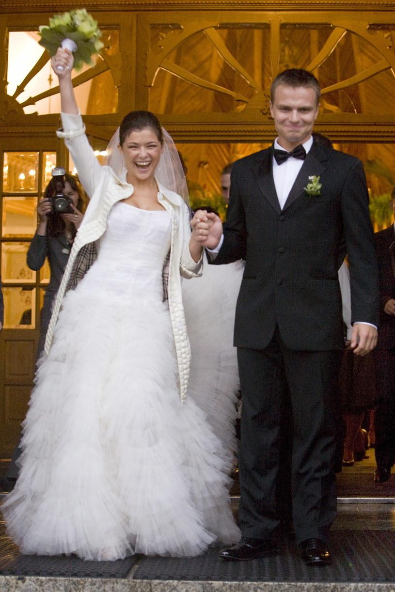 Kasia Cichopek w dniu ślubu - 2008 r. /Szczachor Robert /Agencja FORUM