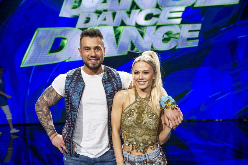 """Kasia Dziurska z narzeczonym w programie """"Dance, dance, dance"""" /Natasza Muldzik/TVP /East News"""