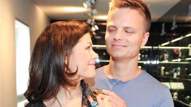 Kasia i Marcin na czwartkowej imprezie w salonie ToyWatch /Agencja W. Impact