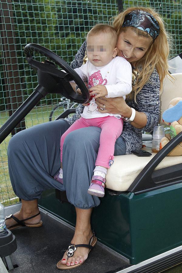 Kasia Skrzynecka z córką /Engelbrecht /AKPA