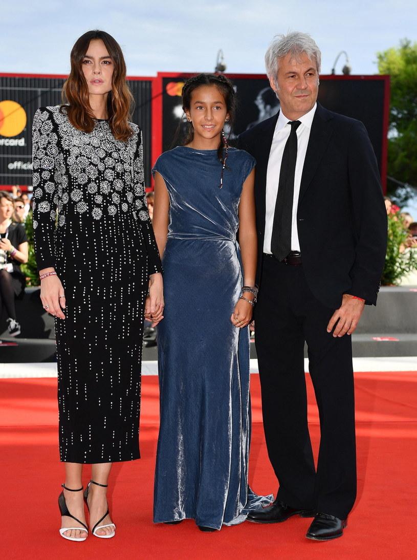 Kasia Smutniak (L) z mężem Domenikiem Procaccim (P) i córką Sophie Taricone /PAP/EPA