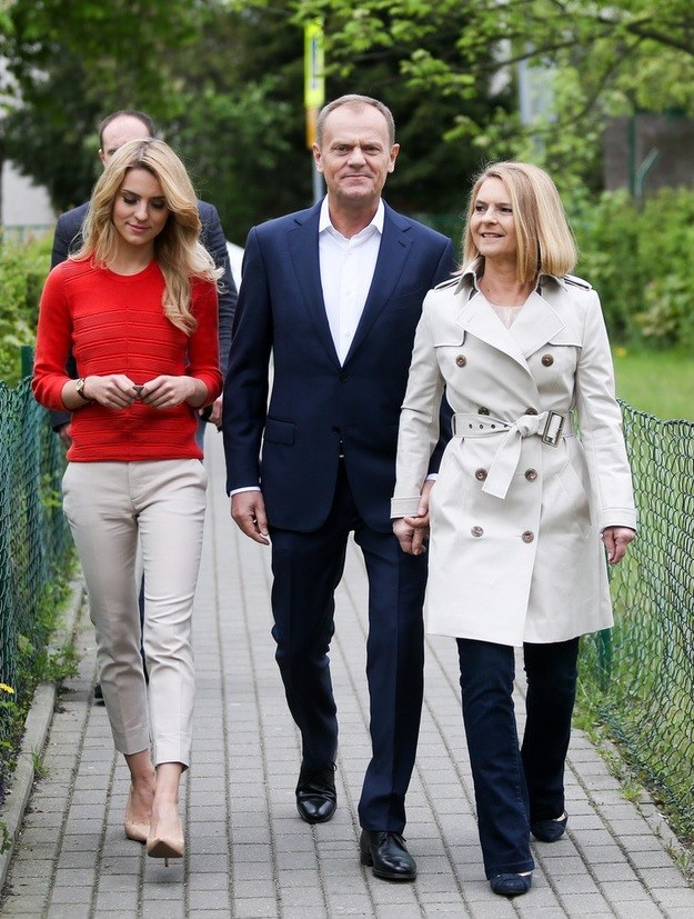 Kasia Tusk z rodzicami /East News