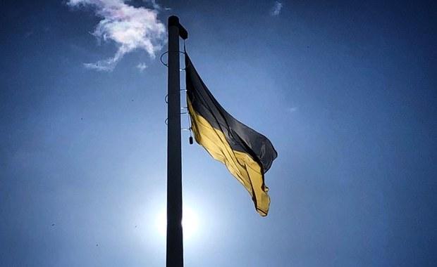 Kaszubska flaga podniesiona na najwyższym maszcie w Gdańsku