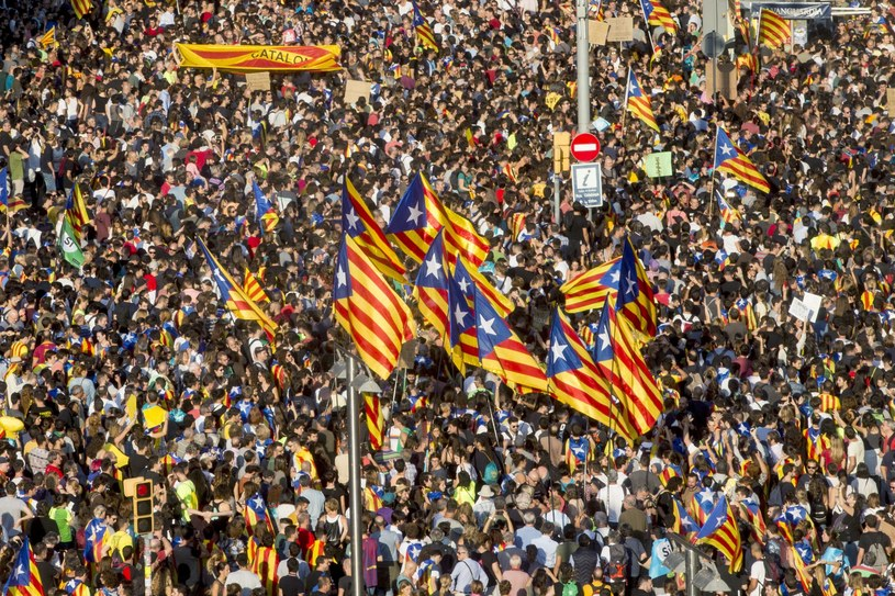 Katalonia walczy o niepodległość /QUIQUE GARCIA /PAP/EPA
