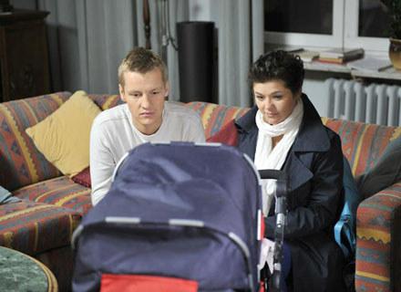 Katarzyna Cichopek jest teraz matką nie tylko w serialu, ale też w życiu prywatnym /AKPA