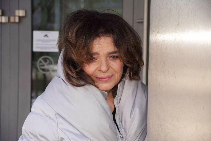 Katarzyna Grochola nie boi się wyrażać własnych opinii w mediach społecznościowych /Tricolors /East News