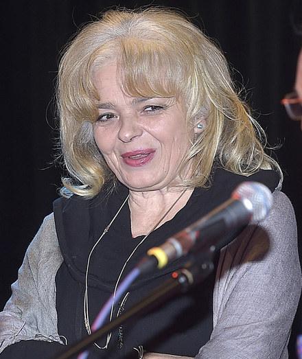 Katarzyna Grochola obecnie /Gałązka /AKPA