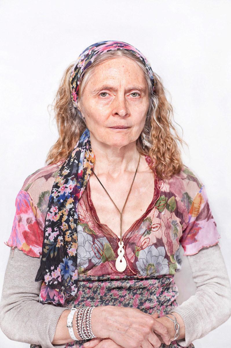 """Katarzyna Majak """"Joanna - prowadzi kręgi i ceremonie dla kobiet"""", z cyklu Kobiety Mocy; dzięki uprzejmości artystki i galerii Porter Contemporary NY /materiały prasowe"""