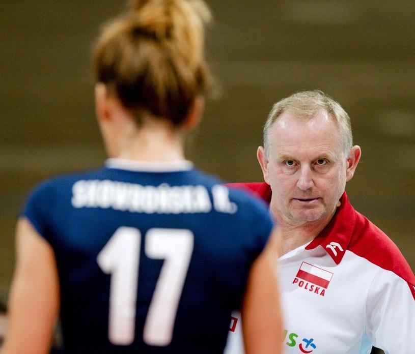 """Katarzyna Skowrońska-Dolata i trener """"Biało-czerwonych"""" Jacek Nawrocki /AFP"""