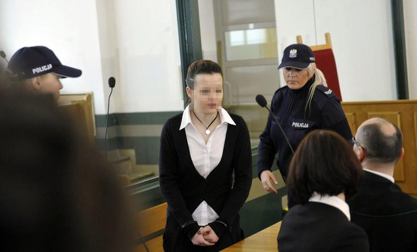 Katarzyna W. (w środku) w katowickim sądzie /Tomasz Jodłowski /Reporter