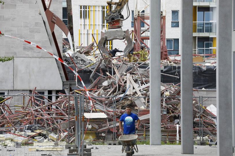 Katastrofa budowlana w Belgii. /PAP/EPA/JULIEN WARNAND /PAP