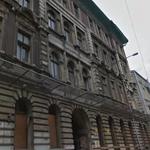 Katastrofa budowlana w centrum Łodzi. Zawalił się dach kamienicy