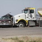 Katastrofa drogowa w Kalifornii. Zginęło co najmniej 15 osób
