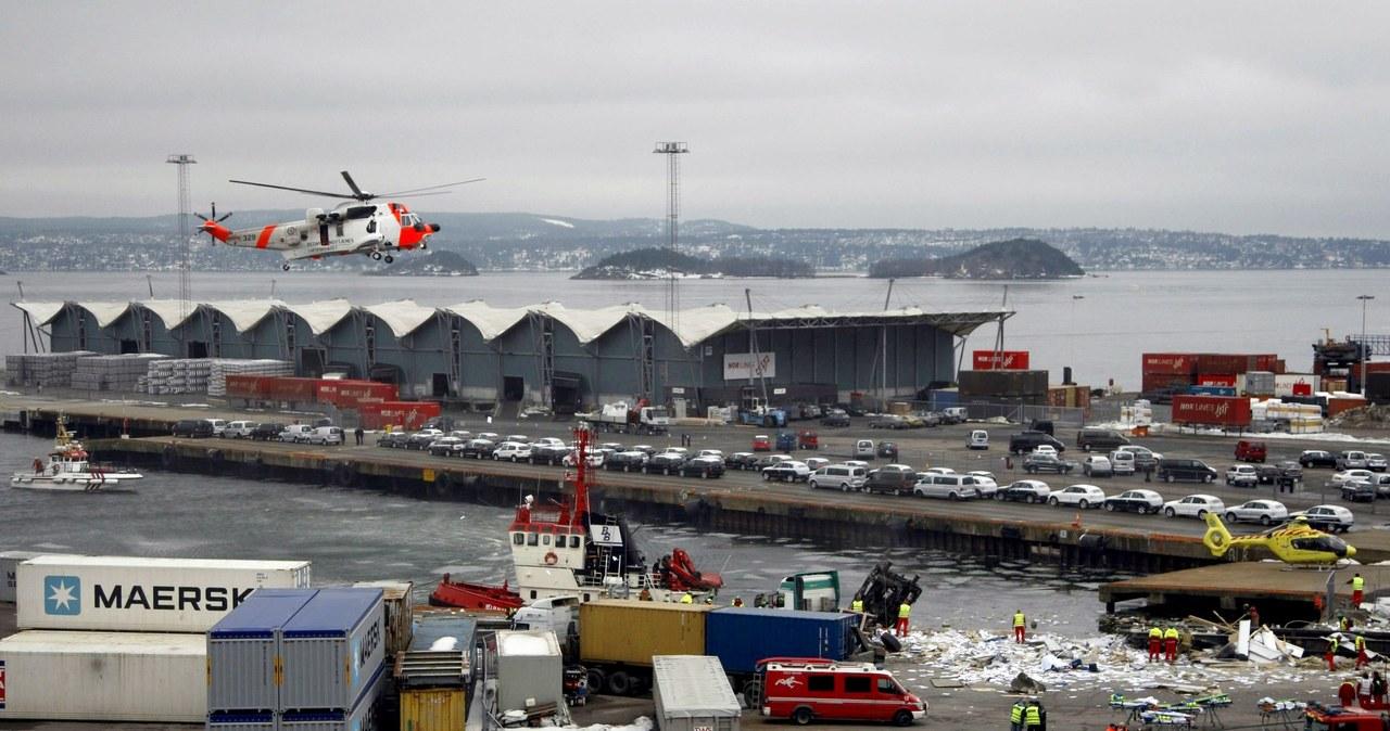 Katastrofa kolejowa w Oslo. Pociąg wjechał w budynek