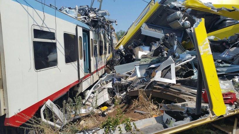Katastrofa kolejowa we Włoszech. Rośnie liczba ofiar /PAP/EPA
