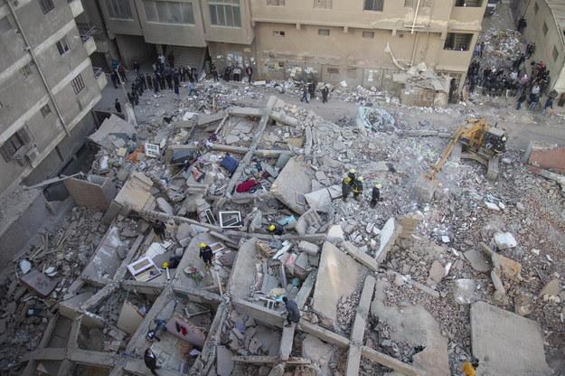Katastrofy budowlane nie są rzadkością w Egipcie /MOHAMED HOSSAM /PAP/EPA