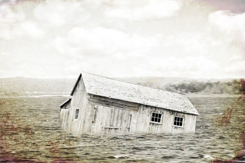 Katastrofy wywołane przez pogodę zabiły ponad 600 tys. osób przez ostatnie 20 lat /123RF/PICSEL