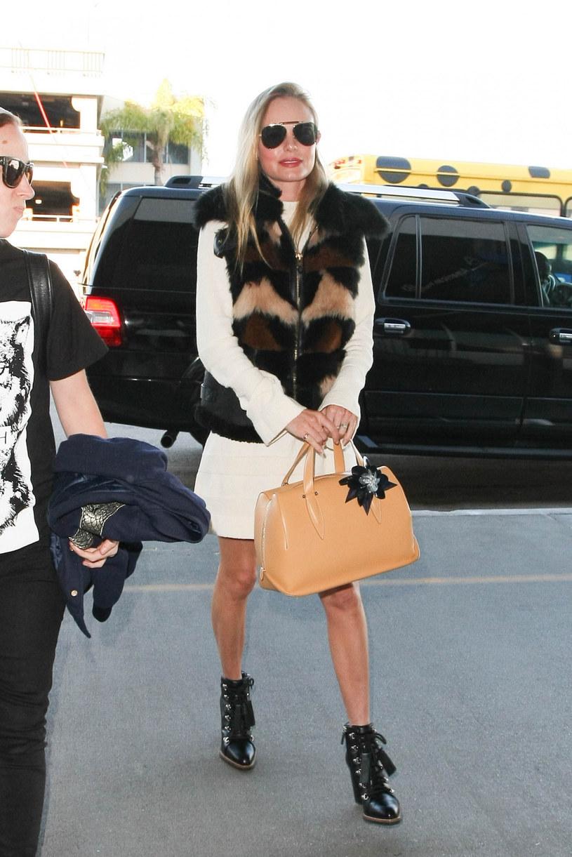 Kate Bosworth w modnej w tym sezonie kamizelce /starzfly/Bauergriffin.com/East News /East News