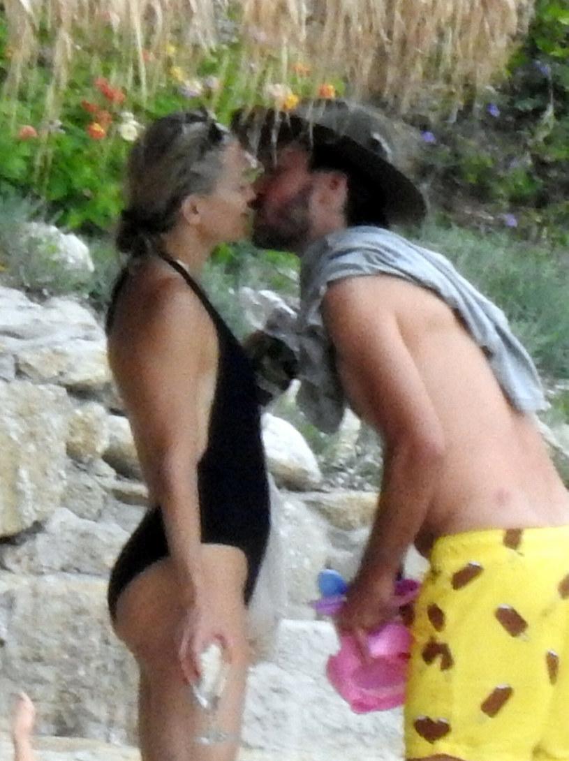 Kate Hudson z Dannym Fujikawą na wakacjach okazywali sobie mnóstwo czułości /SplashNews.com /East News