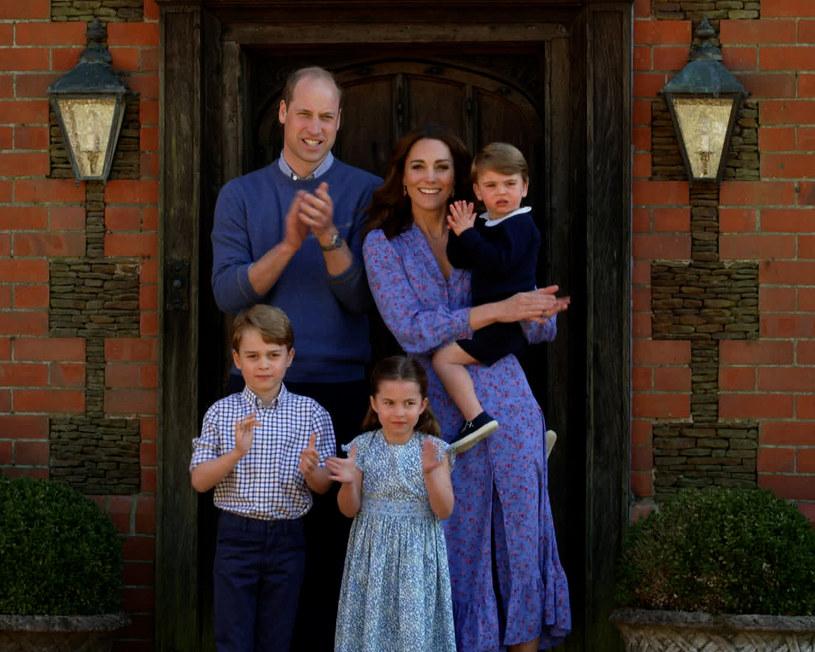 Kate i William z dziećmi /Contributor /Getty Images