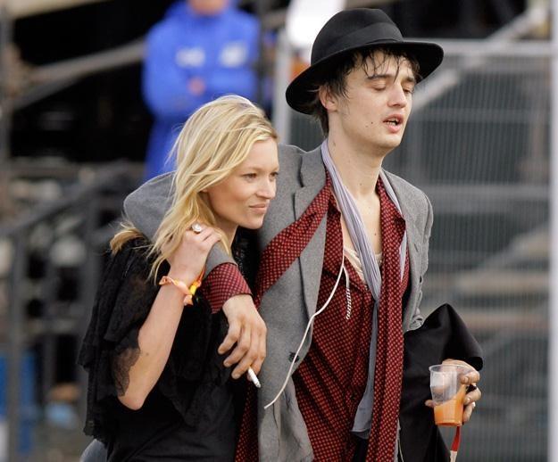 Kate Moss i Pete Doherty w 2007 roku - fot. Matt Cardy /Getty Images/Flash Press Media