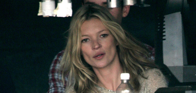 Kate Moss na festiwalu w Glastonbury, fot. Rosie Greenway   /Getty Images/Flash Press Media