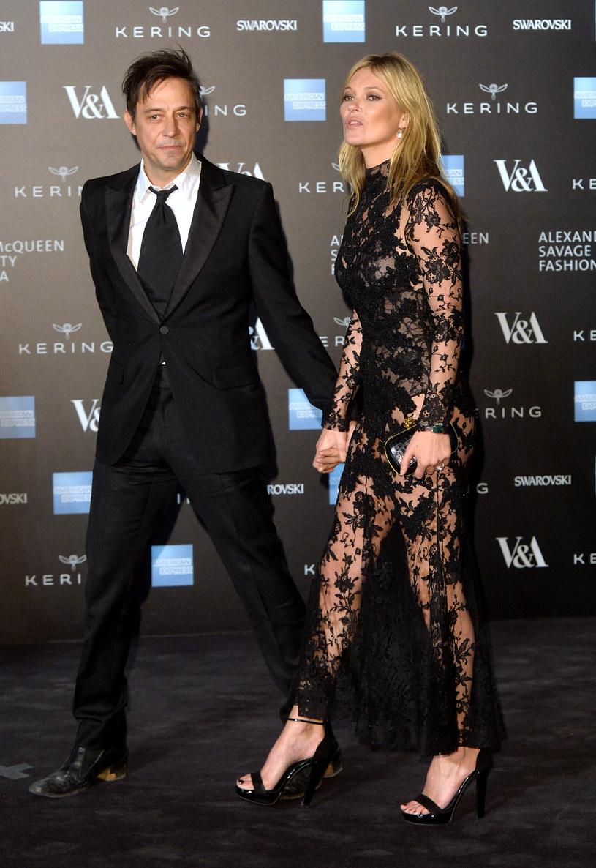 Kate Moss niedawno rozstała się z mężem /Anthony Harvey /Getty Images