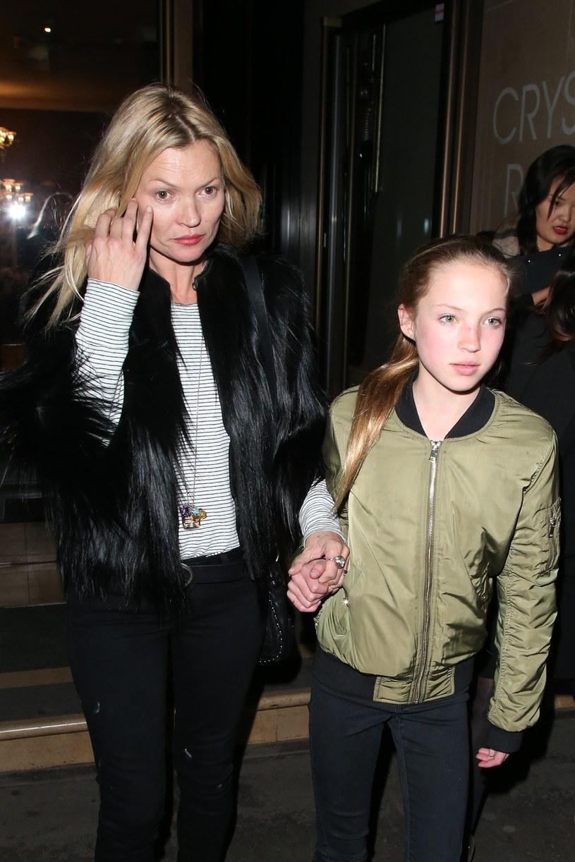 Kate Moss z córką /Splash News /East News