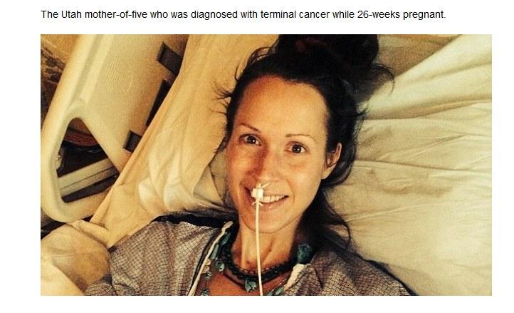 Kate Taylor osierociła piątkę dzieci /lifenews.com /