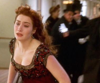 """Kate Winslet przez rolę w """"Titanicu"""" przeszła gehennę z włosami"""